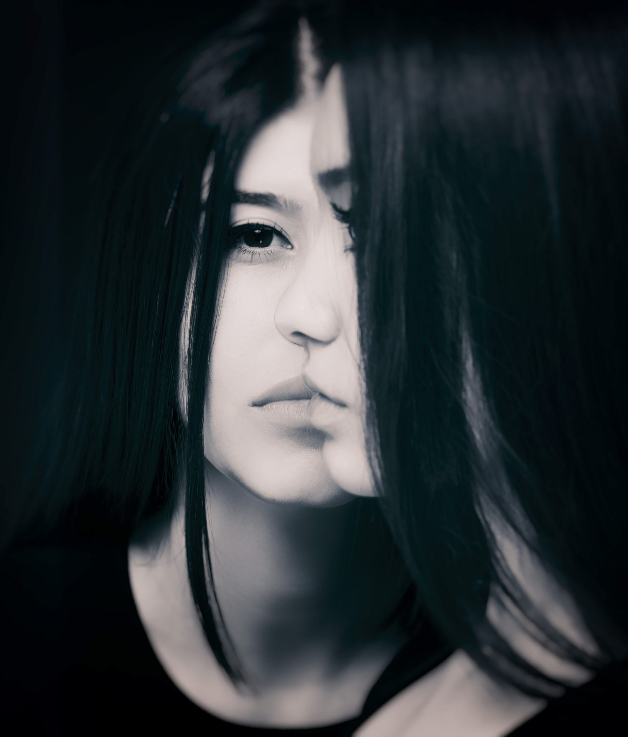 http://vdarkphoto.com/
